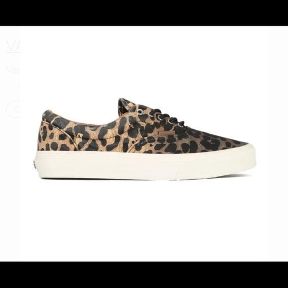 6904d08ab6 Vans Era CA Ombre Cheetah Print Sneakers. M 5b908126aa571937304c6c21